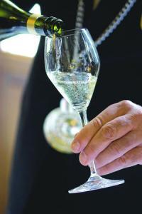 «L'effervescent italien, le prosecco, est essentiellement servi à l'apéritif, nature ou en cocktail.»