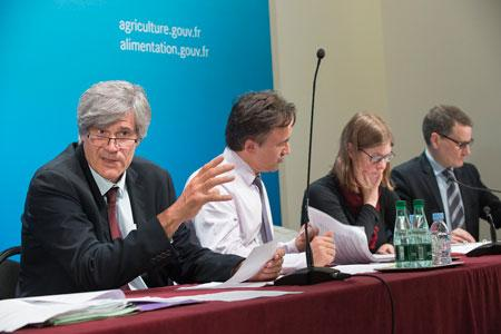 Stéphane Le Foll a tenu une conférence de presse de présentation du projet de budget du ministère de l'Agriculture pour l'année 2015. © P. XICLUNA/Min.agri.fr