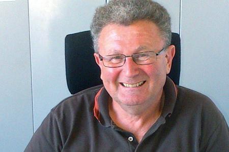 Jean Mottet, vice-président de l'UNDV, dénonce les conséquences de la suppression de l'obligation de distillation des prestations viniques imaginée par le gouvernement.