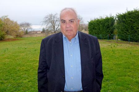 Jean-Pierre Manceau, maire de Preignac, en Gironde, mobilise les viticulteurs pour le traitement collectif des effluents.