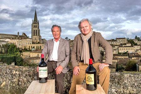 """Les Bordelais Gérard Perse et Hubert de Boüard ont été élus hommes de l'année par """"La Revue du vin de France"""". © F. POINCET"""