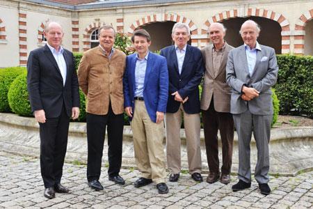 Les fondateurs de 12 de Cœur (de gauche à droite): Michel Boss, Jean-Claude Rouzaud, Pierre-Henry Gagey, Jean-Pierre Perrin, Aubert de Villaine et Jean-François Moueix. ©12DECŒUR