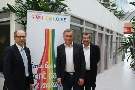 Jean-Marie Barillère, président du Cniv, était l'invité d'InterLoire. À droite: Gérard Vinet et Bernard Jacob, président et vice-président. ©P.Touchais