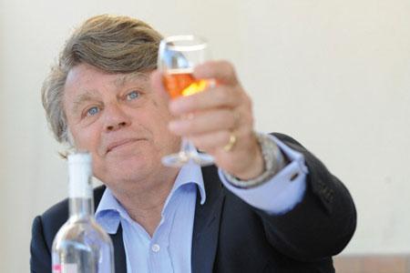Gilbert Collard, député du Gard, élu sous les couleurs du Rassemblement bleu marine (proche du Front National) sera le porte-drapeau médiatique des anti-CVO du Val de Loire. ©S.THOMAS/REA
