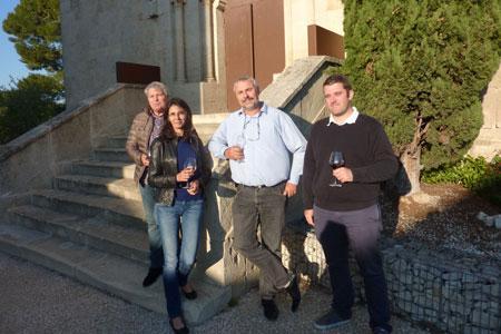 Boris Calmette, président de Coop de France Languedoc-Roussillon, entouré de trois présidents départementaux, suite à la réunion d'après vendanges, le 14octobre, à Béziers. ©M.TRÉVOUX