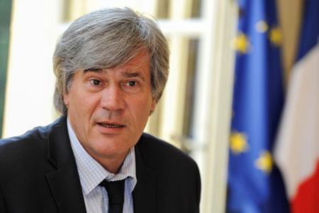 Le ministre de l'Agriculture, Stéphane Le Foll, annonce que le VCI pour les vins rouges sera applicable avant la fin de la campagne. ©C.FAIMALI