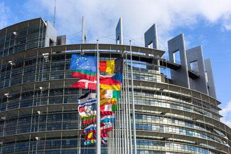 Le Parlement européen souhaite que le nombre de calories soit affiché sur les bouteilles de vin. ©C.THIRIET