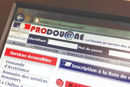 Les déclarations aux douanes se dématérialisent via le site internet ProDouane. ©E.-A.JODIER
