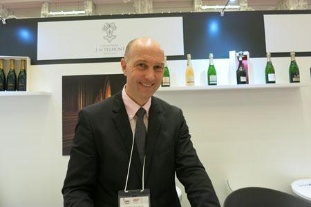 Bertrand Lhopital, de la maison de champagne J. de Telmont, est toujours impressionné par le niveau de connaissance du vin des importateurs japonais. ©I.BACHELARD