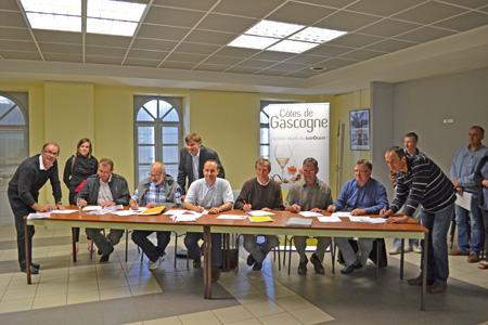 Une soixantaine de vignerons ont déjà signé la charte des producteurs de vins IGP Côtes-de-Gascogne. © F. JACQUEMOUD