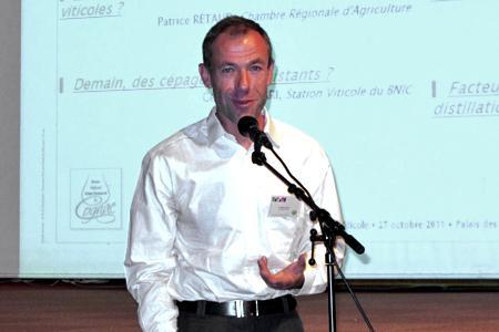 Vincent Dumot, responsable du pôle viticulture à la station viticole du BNIC. © C. STEF