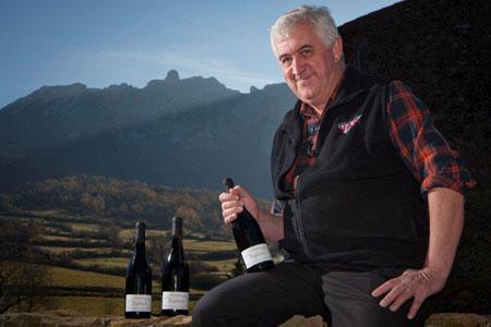 Jean Pla, négociant en vin installé à Saint-Paul-de-Fenouillet (Pyrénées-Orientales). © B. KORMANN