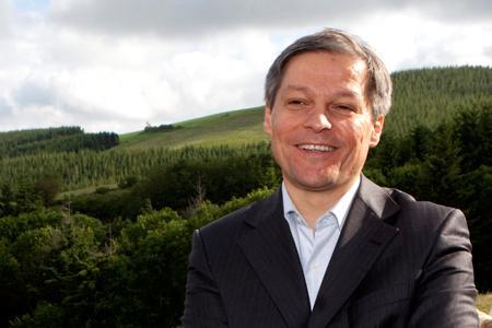 Le commissaire européen à l'Agriculture, Dacian Ciolos, a présenté sa proposition de réforme de la politique agricole commune pour l'après 2013. G. BARTOLI/FEDEPHOTO