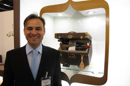 """"""" Nous voulons apporter de la valeur ajoutée aux grands crus"""", explique David Bolzan, directeur général de Cordier Mestrezat grands crus."""