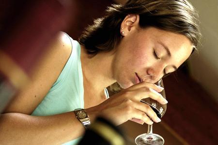 Vin : le consommateur britannique ne distingue pas les vins chers des vins à bas prix © P. ROY