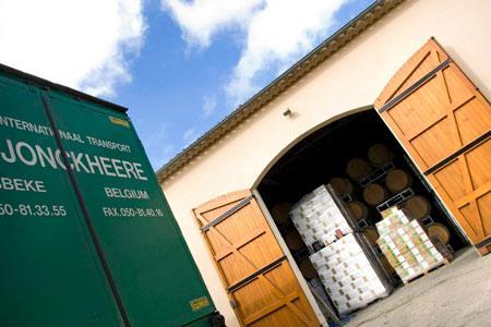 La reprise des exportations de vins est surtout portée par les marchés lointains. © P. ROY