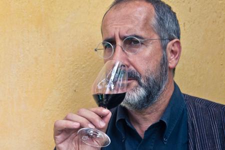 Jean Natoli, directeur et fondateur du laboratoire Œnoconseil & Cœ à Montpellier.