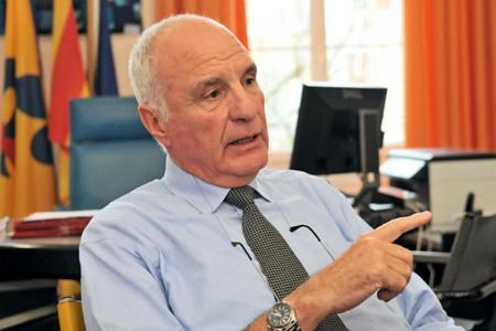 «Pellenc a toujours eu comme motivation de répondre à l'ensemble des exigences des viticulteurs», assure Roger Pellenc, président-fondateur du groupe.