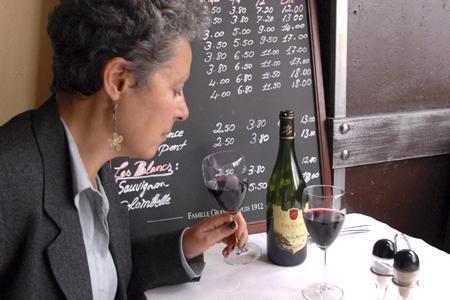 Vente de vin au verre © J.-C. GRELIER