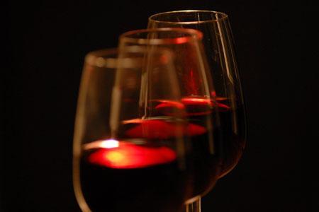 Etude : le vin rouge a des effets bénéfiques sur des patients opérés du coeur. © J.-C. GRELIER
