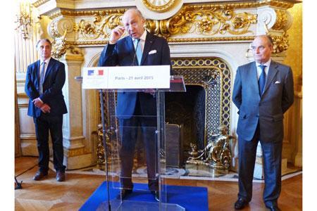 Le 21avril au ministère des Affaires étrangères, Laurent Fabius a affirmé sonsoutien à lademande desgrands crus classés de Bordeaux de figurer aupatrimoine del'Unesco. ©B.COLLARD