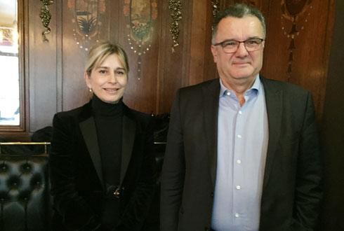 Michel Prugue, président de Coop de France jusqu'au 20 décembre, au côté de la nouvelle directrice de la fédération, Valérie Ohannessian. © H. LAURANDEL