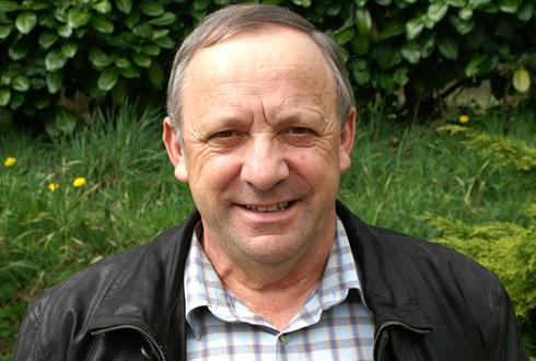 Agriculteur dans les Côtes-d'Armor, Georges Galardon a été élu à la présidence du groupe breton Triskalia.