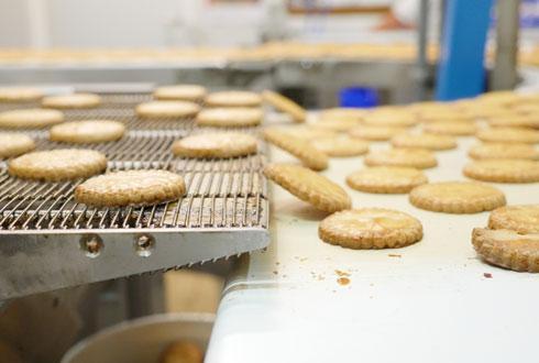 La biscuiterie et pâtisserie Les P'tits Amoureux, à Ardin (Deux-Sèvres), est «pionnière dans l'utilisation de matières premières d'origine locale».