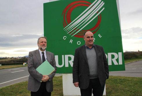 Lundi 3février, Olivier Gémin, directeur général de Lur Berri (à gauche), et Sauveur Urrutiaguer, président, à la sortie du point presse. © LE SILLON