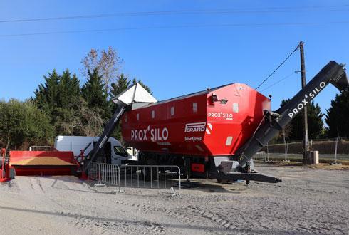 D'ici trois ans, Maïsadour prévoit de déployer une dizaine de silos mobiles sur son territoire. © R. FOURREAUX