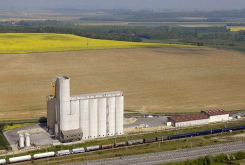 Valfrance expédiera 32000tonnes de céréales par an par voie ferroviaire vers Rouen depuis ses cinq silos embranchés sur le rail, dont celui de Nanteuil-le-Haudouin, dans l'Oise.