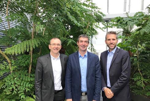 De gauche à droite, Jérôme Calleau, président d'InVivo, Bertrand Hernu, président d'Unéal et Stéphane Marcel, directeur général de Smag.