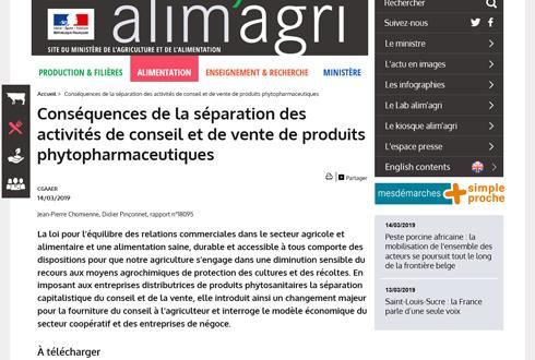 Le rapport de 43 pages, téléchargeable sur le site du ministère, évoque à terme la mise en place d'une ordonnance phytosanitaire préalable à la délivrance des produits.