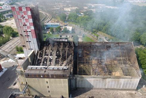 Au moment de l'explosion, « onze personnes se trouvaient sur le site, quatre ont été gravement blessées et évacuées en urgence », confirme le Comptoir agricole. © SDIS 67