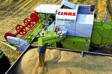 Moissonneuse-batteuse : Claas Dominator